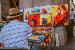 displaying your artwork in an art fair to make sales