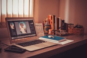 Best Ideas For A Business is to become a freelancer and work from home
